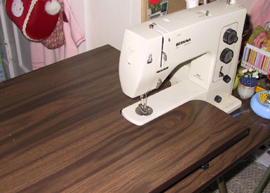 Sewingtable_1